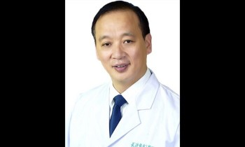 Hospital director dies in China's Wuhan